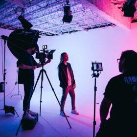 Rent film studio from 299€
